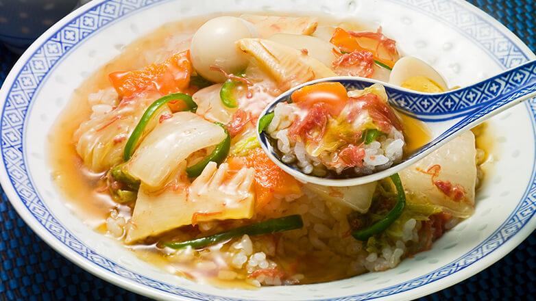 野菜たっぷりコンビーフ中華丼